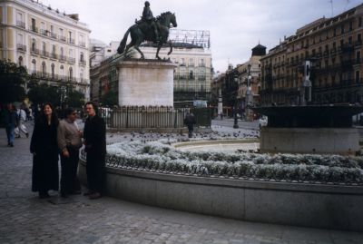 Pippa, Pete & Rob of Carmina sight-seeing in Madrid.